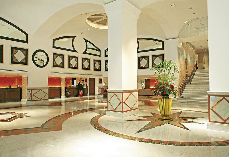 Rembrandt Hotel & Suites - Lobby